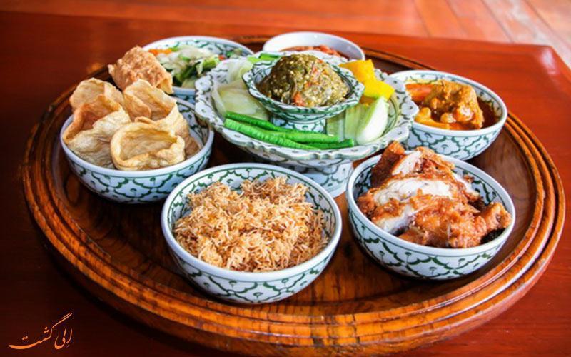 خانتوک، شام سنتی در چیانگ مای