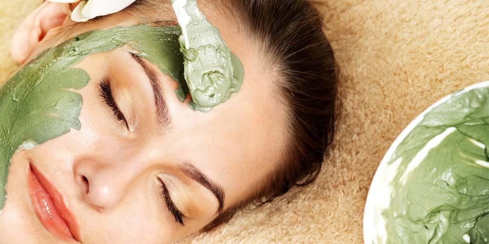 طرز تهیه سه نوع ماسک اسفناج برای پوست های حساس