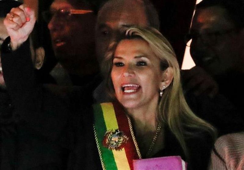 یک سناتور خود را رئیس جمهور موقت بولیوی معرفی کرد