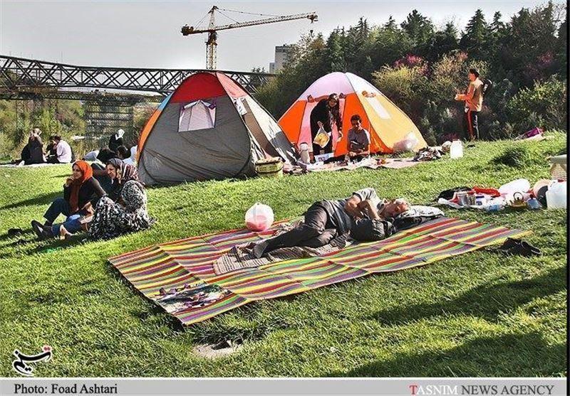 4 بوستان بزرگ لارستان برای اسکان مسافران نوروزی آماده شده است