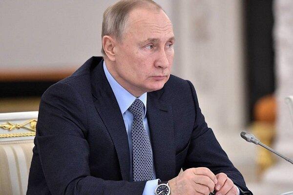 پوتین: تحت هر شرایطی به تلاش ها برای حل مسأله لیبی ادامه می دهیم