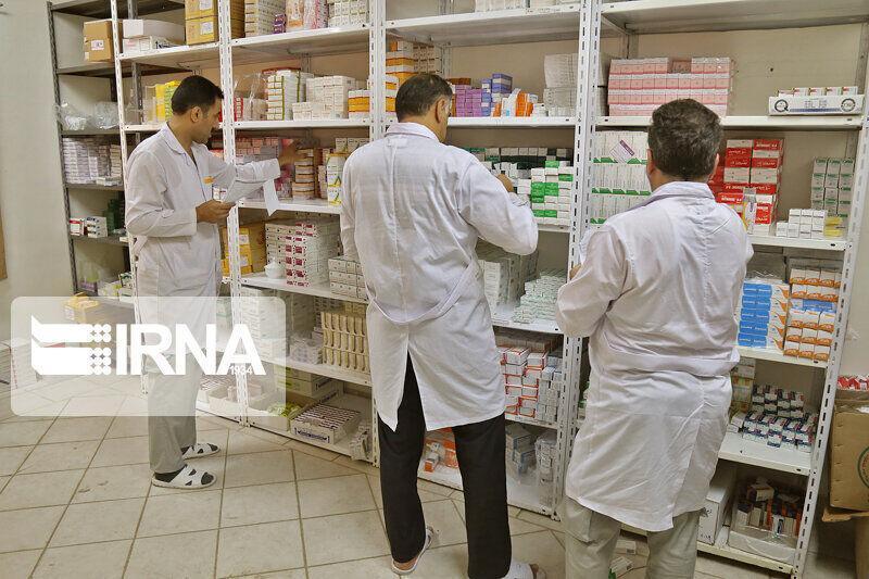 خبرنگاران معرفی 3 داروخانه به تعزیرات حکومتی در آستارا