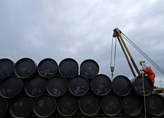 کاهش صادرات ماهانه نفت ایران در دسامبر