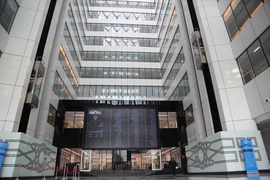 عرضه سهام بزرگترین هلدینگ سیمان و ساختمانی کشور توسط شستا