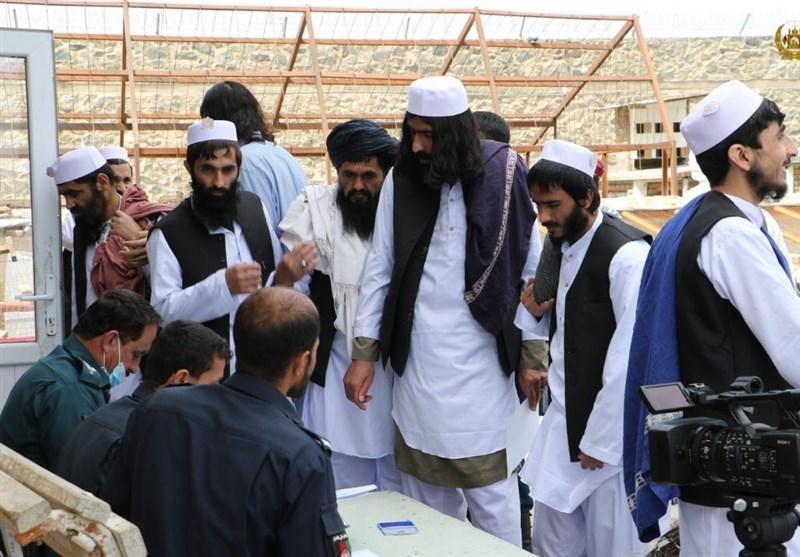 احتمال انتقال 7 زندانی طالبان به قطر، فرایند تبادل زندانیان با دولت افغانستان کامل شد