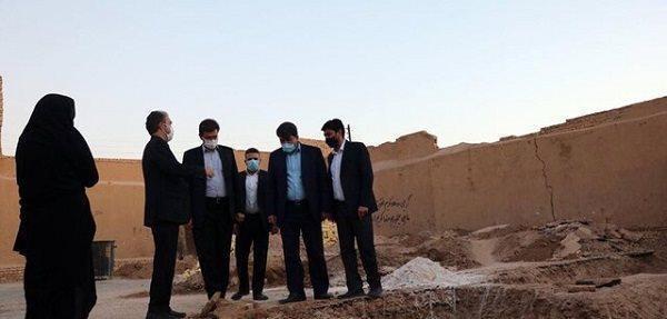 اعلام آباد شدن خانه ویران شاعر قجری یزد