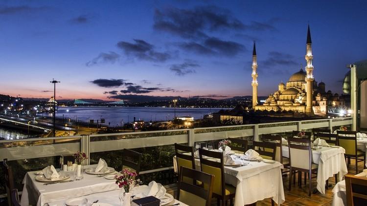 بهترین غذاهای ترکیه را در رستوران های استانبول تجربه کنید!