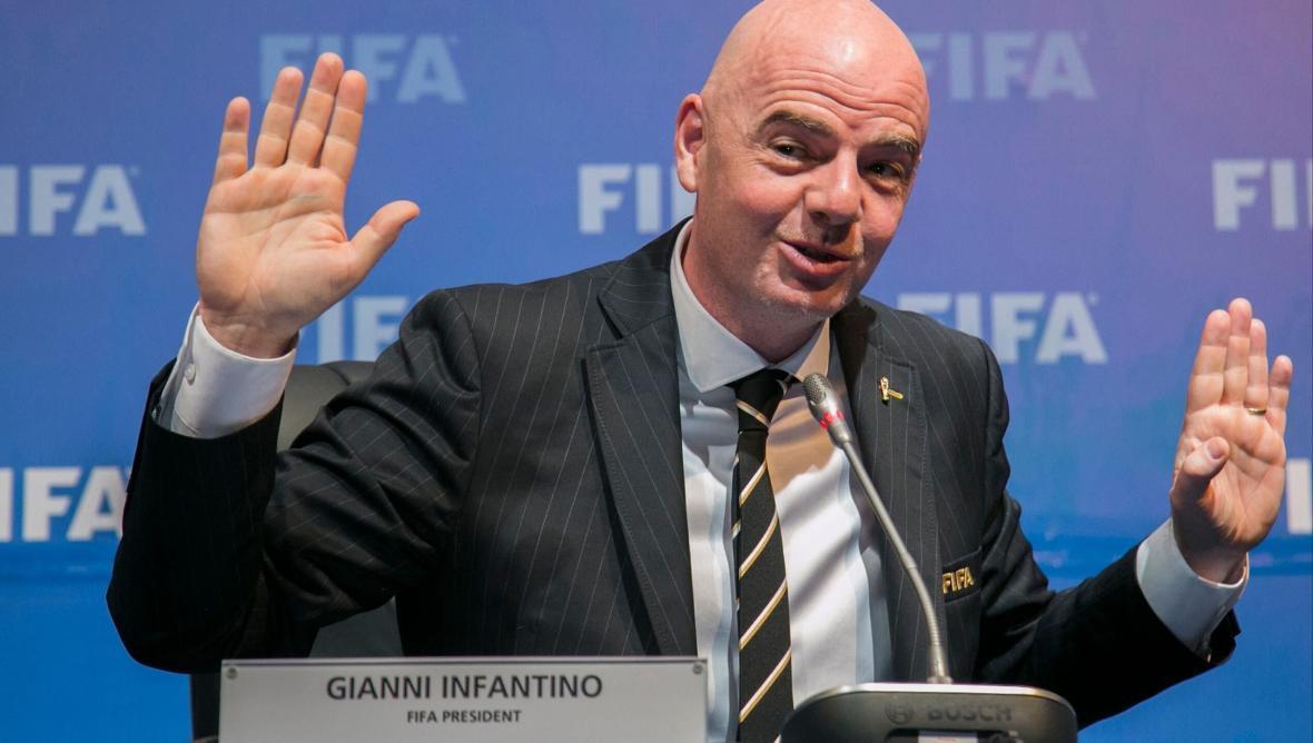 اینفانتینو: آمادگی قطر برای برگزاری جام جهانی 2022 خارق العاده است