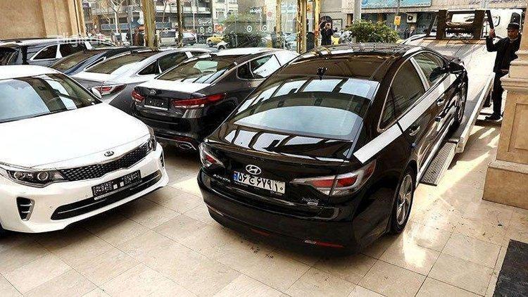 ریزش عجیب و بی سابقه قیمت خودرو های خارجی در بازار امروز 8 آذر 99