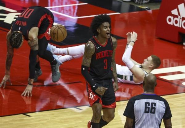 لیگ NBA، ستاره جوان هیوستون، رکورد جیمز را شکست
